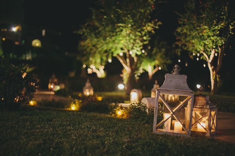 Oświetlenie ogrodowe – rodzaje, przykładowe rozwiązania, ceny, pomysły 2