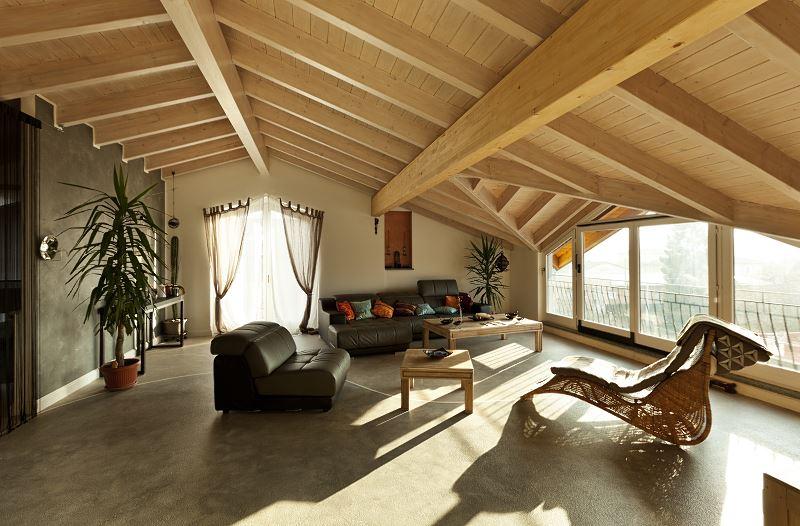 Strop drewniany z belek stropowych - cena, rodzaje, zalety i wady 3