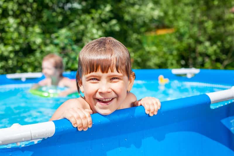 Basen ogrodowy dla dzieci - rodzaje, ceny, opinie, wymiary, producenci