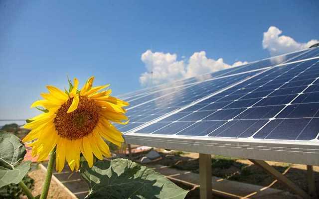 Nowoczesne meble solarne - inteligentne rozwiązania dla biznesu