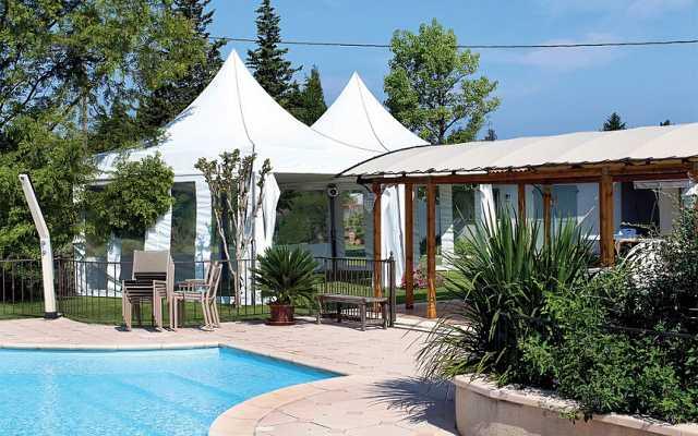 Szerokie zastosowanie namiotów ogrodowych