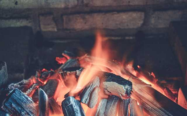 Piec chlebowy czy grill do ogrodu - budowa