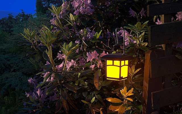 Jak wybrać oświetlenie do ogrodu - montaż oświetlenia