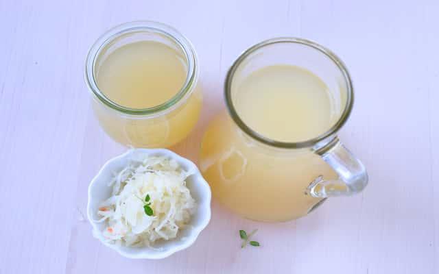 Sok z kiszonej kapusty - właściwości, zastosowanie, porady