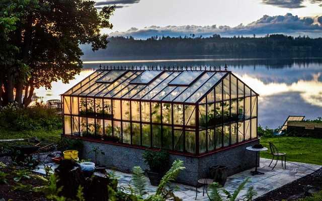 Szklarnia ogrodowa - 4 powody, dla których warto ją mieć w swoim ogrodzie