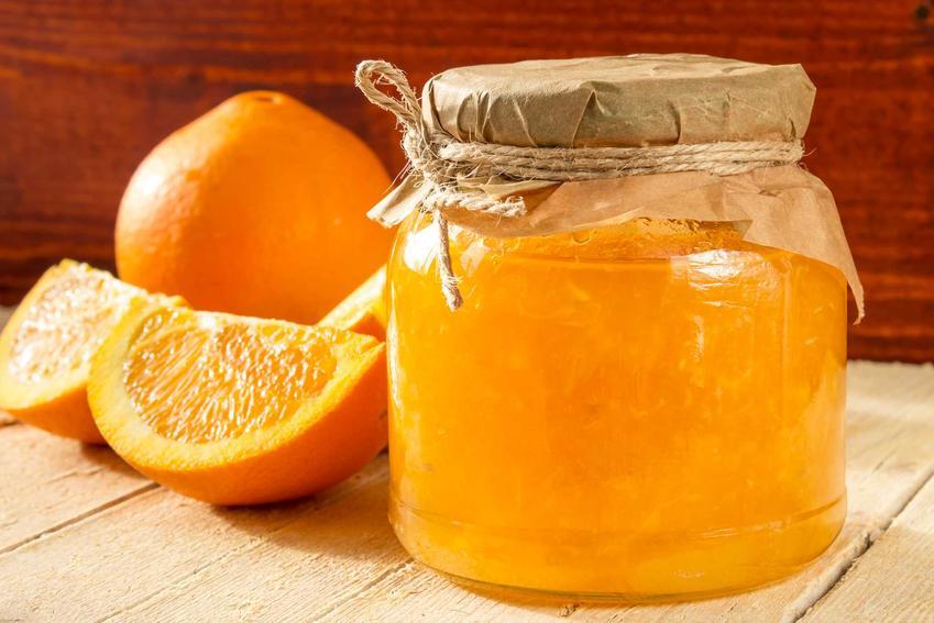 Konfitura z pomarańczy czy też dżem z pomarańczy domowej roboty w słoiku oraz przepisy na przetwory krok po kroku