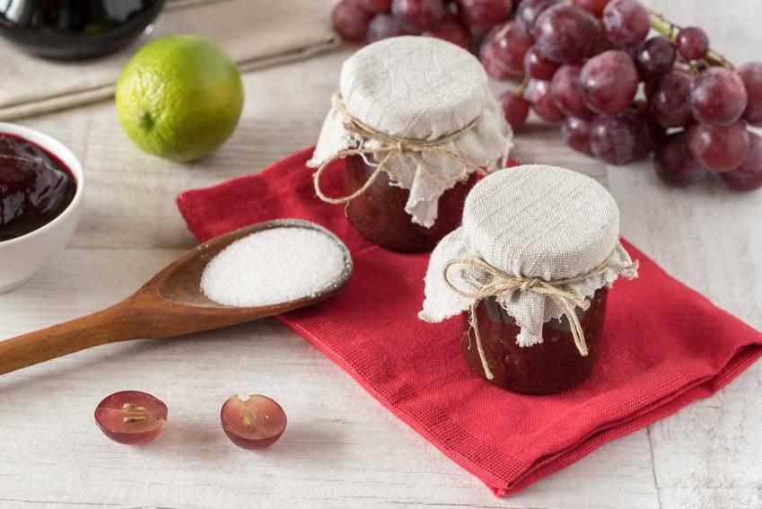 Dżem z winogron czy też dżem winogronowy i najlepsze przepisy na przetwory z winogron, w tym z ciemnych winogron