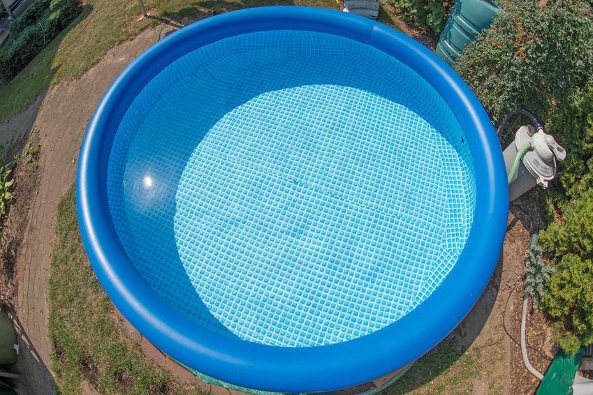 Basen rozporowy w ogrodzie, czyli baseny ogrodowe rozporowe, w tym baseny intex czy baseny bestway, polecani producenci, opisy - porady