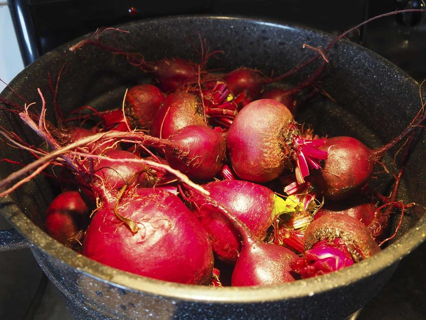 Buraki na barszcz oraz kiszenie barszczu czerwonego, czyli kiszone buraki na barszcz i przepis na barszcz