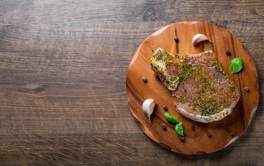 Marynata do schabu, czyli schab marynowany oraz przepis na to, jak marynować schab, by był soczysty i smaczny