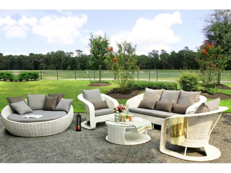 Eksperci odpowiadają — jak wybrać meble ogrodowe do małej przestrzeni?