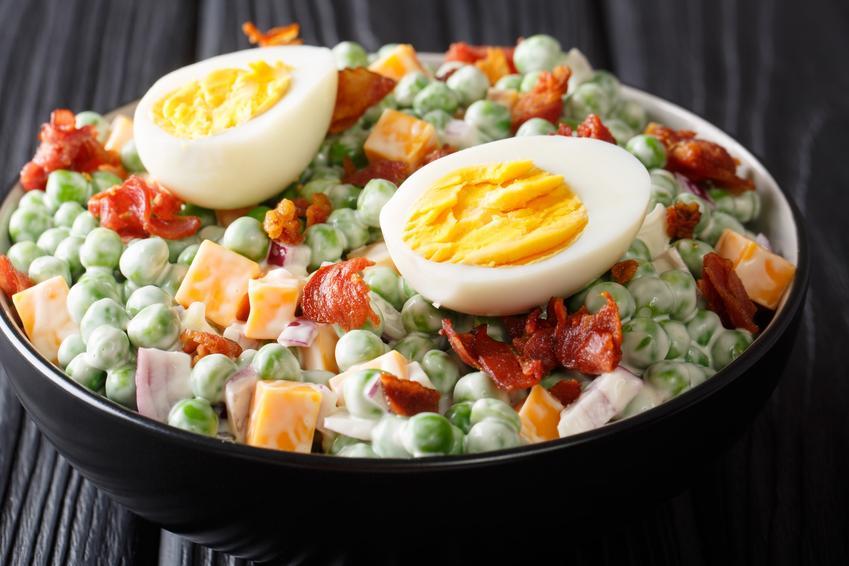 Sałatka z jajkiem, a także inne sałatki na wielkanoc i przepisy na sałatki wielkanocne