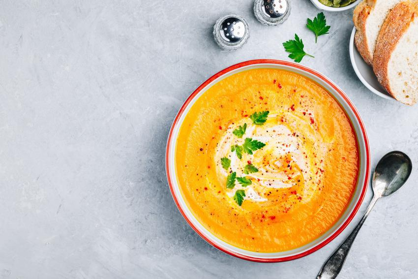 Pyszna zupa dyniowa oraz przepis i porady, jak zrobić zupę dyniową