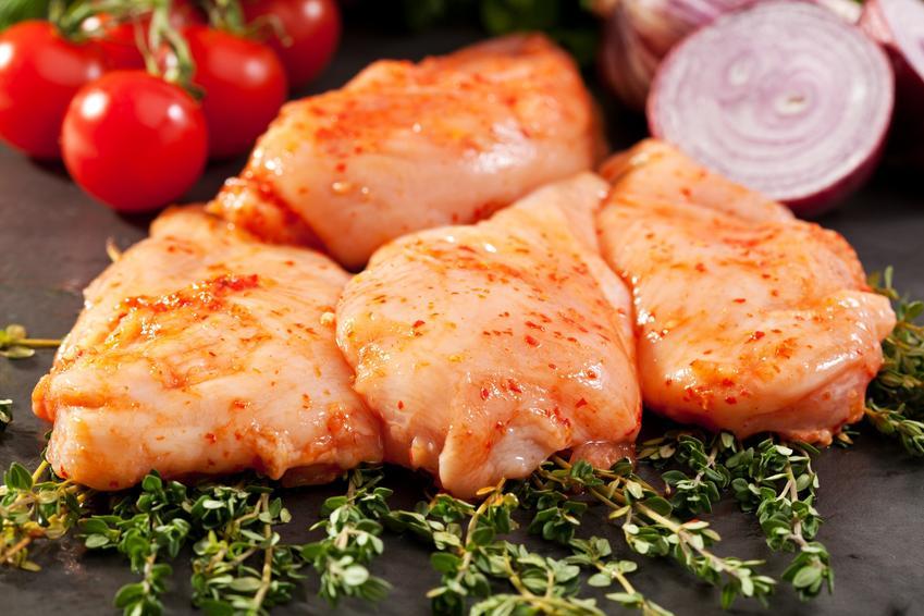 Zamarynowana pierś kurczaka, a także marynata do kurczaka i przepis