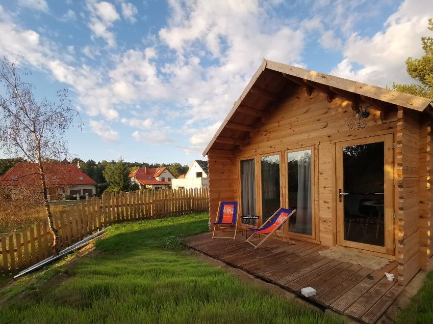 Korzyści związane z budową domków ogrodowych