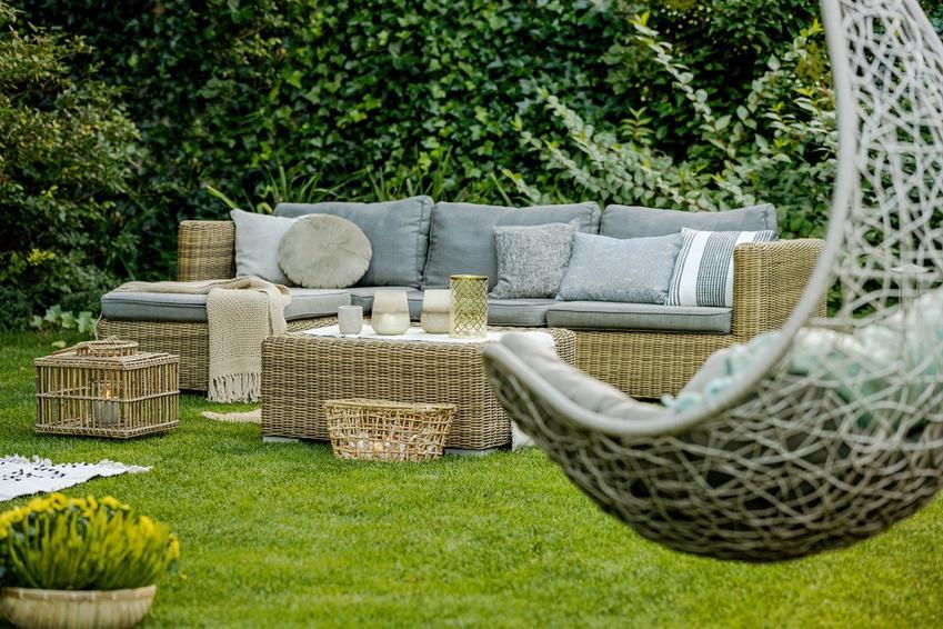 Miejsce do odpoczynku w ogrodzie