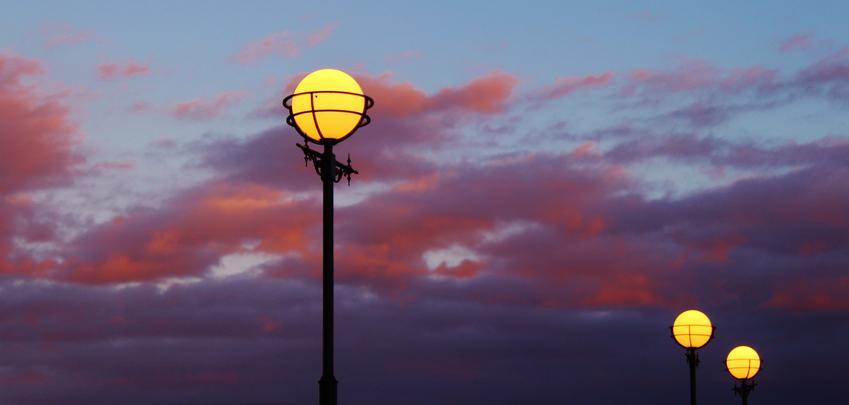 Lampy zewnętrzne - popularne rodzaje w roku 2020