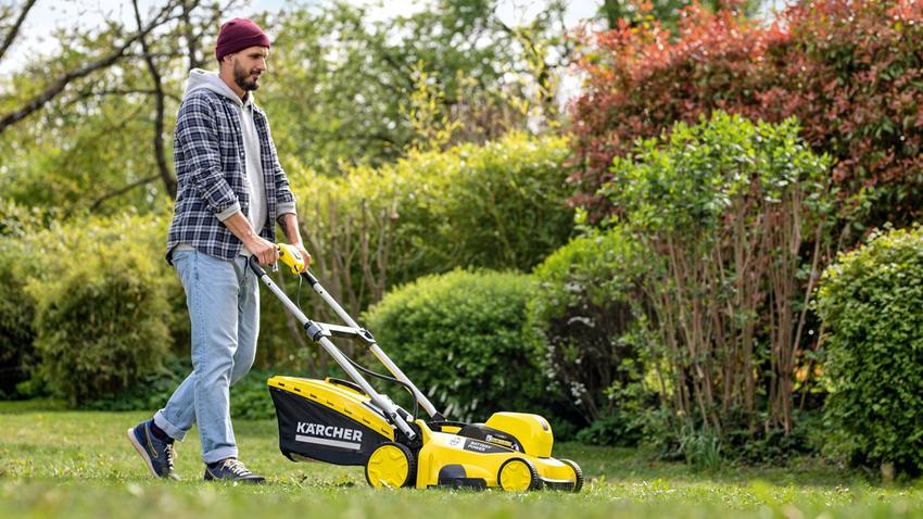 Pielęgnacja trawnika: jak zadbać o piękny trawnik? Po zimie, na wiosnę, cały rok