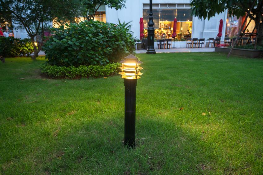 Jakie oświetlenie do ogrodu wybrać?
