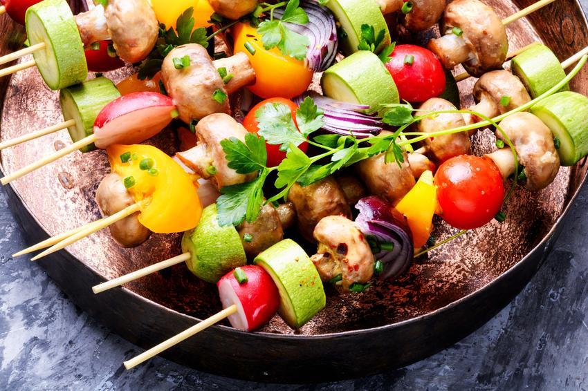 Szaszłyki z grilla i inne dania z grilla, potrawy z grilla, przepisy na grilla
