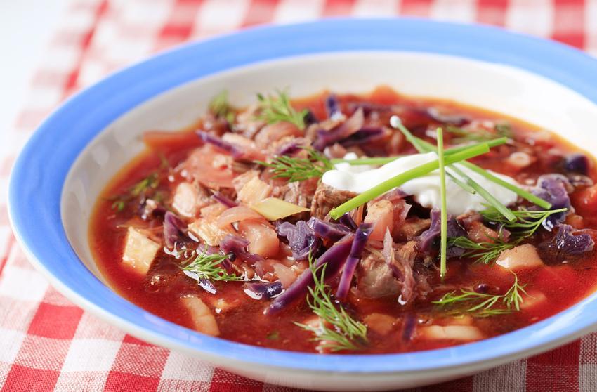 Barszcz z kiszonej kapusty, czyli zupa z kiszonej kapusty i zupa kapuściana krok po kroku