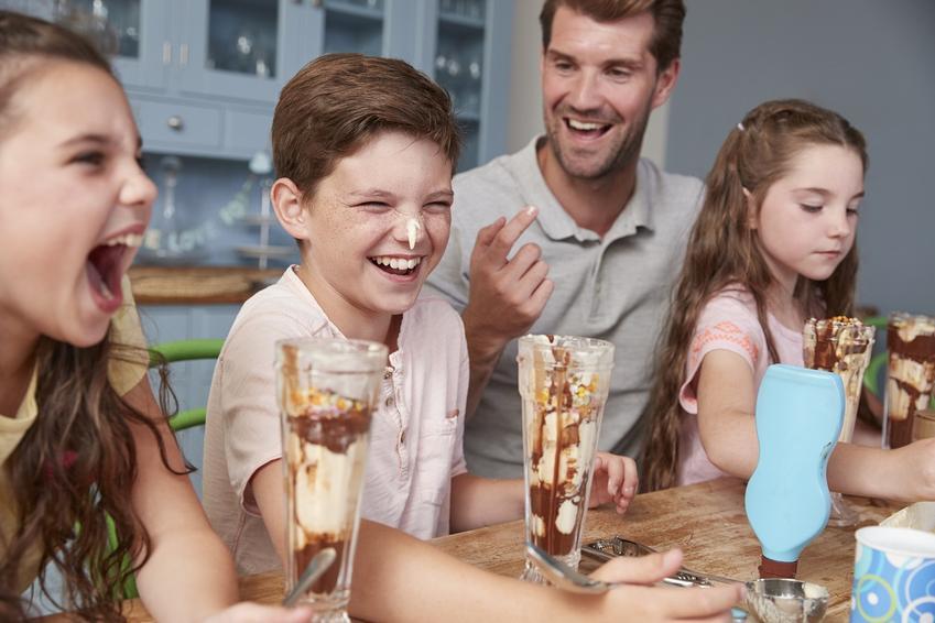 2 przepisy na smaczne domowe lody w pucharku