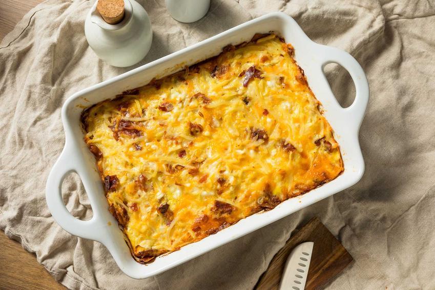Zapiekanka z kiełbasą makaronowa przygotowana w piekarniku z serem oraz przepisy na inne zapiekanki z kiełbasą