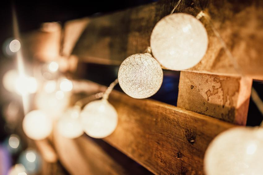 Jakie oświetlenie wybrać na swój taras lub ogród?