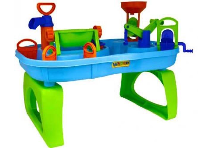 Letnie zakupy w sklepie dla dzieci - co warto kupić do zabawy w ogrodzie?