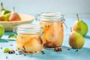 Przetwory z gruszek – sprawdzone przepisy na zaprawy z gruszek na zimę