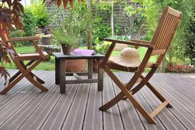Najlepsze meble ogrodowe drewniane - przegląd ofert sklepów