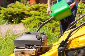 Kosiarki do trawy do użytku domowego – ceny, którą wybrać?