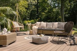 Jak wybrać najlepszy zestaw mebli ogrodowych? Sprawdzamy, porównujemy, radzimy