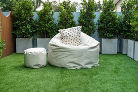 Sztuczna trawa na balkonie