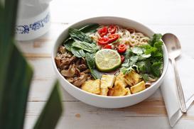 Kuchenne inspiracje - poznaj trzy najciekawsze kuchnie orientu