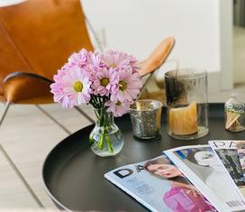 Stoliki kawowy – jak wybrać stylowy i funkcjonalny stolik do kawy?