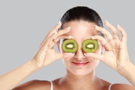 Poznaj moc owoców zamkniętą w kosmetykach