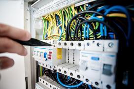 Jak skutecznie zaizolować kable?